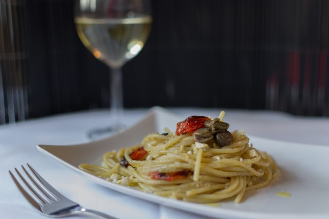 Spaghetti med kaperspesto
