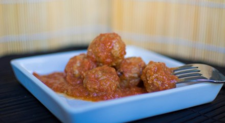 kødboller i tomatsovs - polpette di vitello al sugo